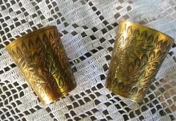 Indiai antik réz italos poharak, XIX. sz eleje, kézzel vésett