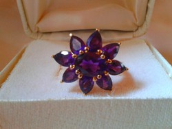 Gyönyörű virág 9 db Ametiszt kővel karát:5.25 ct. ÚJ!