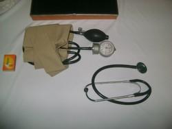 Retro vérnyomásmérő - sztetoszkópos