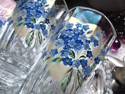 Régi üveg poharak nefelejcs mintával