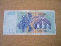 JUGOSZLÁVIA 1.000.000 1 MILLIÓ DINÁR 1993 ZA !!!! ÚJRANYOMÁS FIÚ,VIRÁG (NŐSZIROM) RITKÁBB