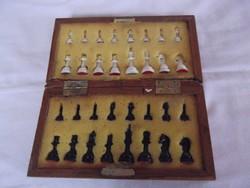 Régi sakk készlet eladó!