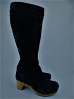 UGG Ausztralia fekete velúr csizma