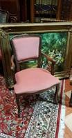 Barokk karosszék bágyadt rózsaszín kárpittal