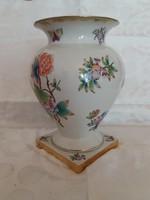 Herendi váza, viktória-mintás