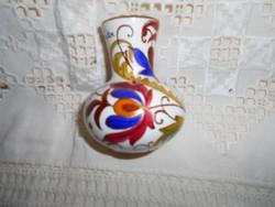 Városlődi majolika váza