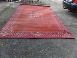 Royal,bordó szőnyeg