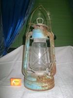 Antik, nagy méretű viharlámpa, petróleum lámpa
