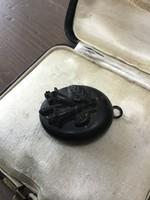 Antik gagát fényképtartós gyászmedál