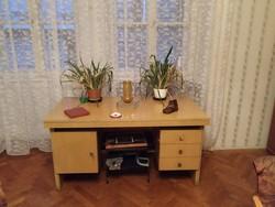 Íróasztal-retro