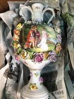 Disz urna, drezdai porcelán remekmű 1805-ből, 55 cm-es.