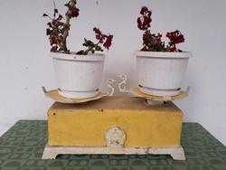Régi retró asztali kofa konyhai mérleg és sok más régiség