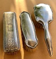 Ezüst borítású pipere kellékek