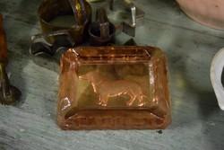 Üveg tacskós hamutartó