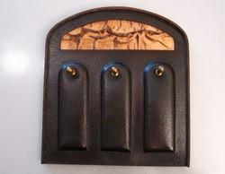 Szép retro fali kulcstartó kulcs akasztó - bőr és réz
