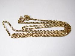18 karátos arany nyaklánc.