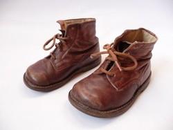 Régi bőr gyermek cipő