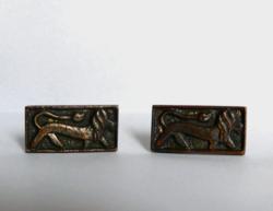 Oroszlános bronz mandzsettagomb-pár