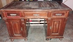 Ónémet faragott íróasztal és faragott szék