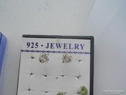 925 -ös JELZÉSŰ bedugós átlátszó kristályos fülbevaló