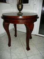 Antik kerek asztalka maximálisan stabil állapotban a századforduló időszakából