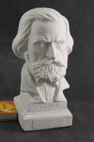 Verdi szobor  G192