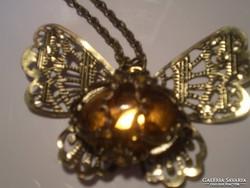 Kézműves áttört pillangós egyedi nyaklánc