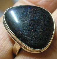 Ezüst gyűrű, 21,9/69 mm, matrix (Andamooka) opállal