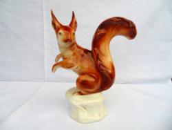 Royal Dux nagyméretű mókus