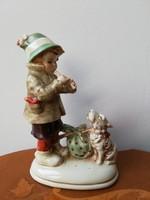 Furulyázó kisfiú kutyával, antik kézzel festett sorszámozott porcelán ritka gyűjtői darab