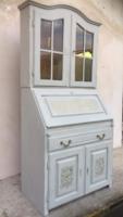 Provence jellegű  szekreter, vitrines Komód