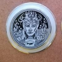 Szász Endre Forma 1 plakett hollóházi porcelán
