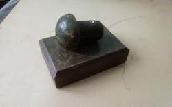 Antik vas szegecs a Lánc hidból,XIX.század levélnehezék