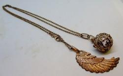Gyönyörű antik angyalhívó csengős aranyozott ezüst nyaklánc