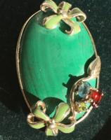 MEDÁL ,ásványl/malachit,/,csiszolt kristályokkal ezüst foglalatban 925-ös finomsággal