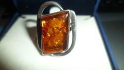 Ezüst gyűrű / borostyán