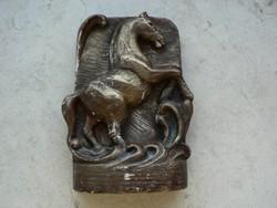 Feng-Shui ágaskodó ló