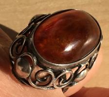 BOROSTYÁN gyűrű-ÓRIÁS ezüstben foglalt