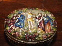 Nápolyi porcelán műhely 1700 - as évekből, művészi bonbonier! Ritkaság!