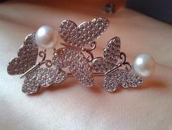 Elegáns bross 925 ezüst, cirkónia és valódi gyöngyökkel