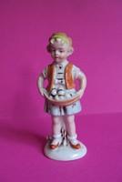 Bájos német porcelán kislány