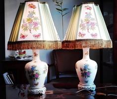 60cm-es QueenVictoria mintás Herendi porcelán lámpa pár selyemernyőkkel
