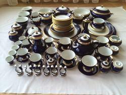 Szász Endre  aranyozott teás-mokkás-étkészlet 95 db-os eladó