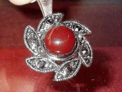 Forgó Virág Markazit Korall Tibeti Ezüst Gyűrű 7-es