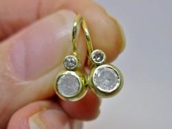 Csodaszép 0,58 ct gyémánt köves button arany fülbevaló