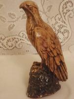 Sólyom madár figura szobor 23 cm magas íróasztal disz alap 12 x 12 cm