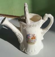Porcelán kis diszlocsoló 76-os számozásu 11,5cm magas