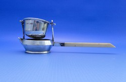 0B366 Antik ezüst teaszűrő elefántcsont nyéllel