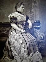 Isabella Hedwig Franziska Natalia Croÿ-Dülmen hercegnő HABSBURG Frigyes főherceg tábornagy neje