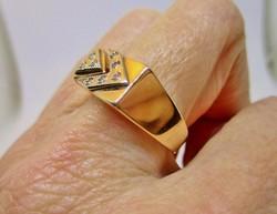 Szépséges régi  arany gyűrű fehér kövekkel 5,91g Akció!!